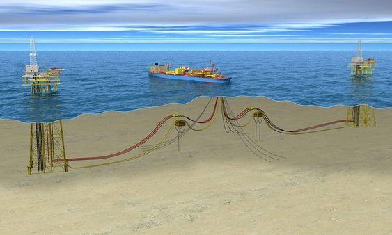 UTBYGGING: Peregrino-feltet bygges ut med et flytende produksjons- og lagerskip (FPSO) og to plattformer.