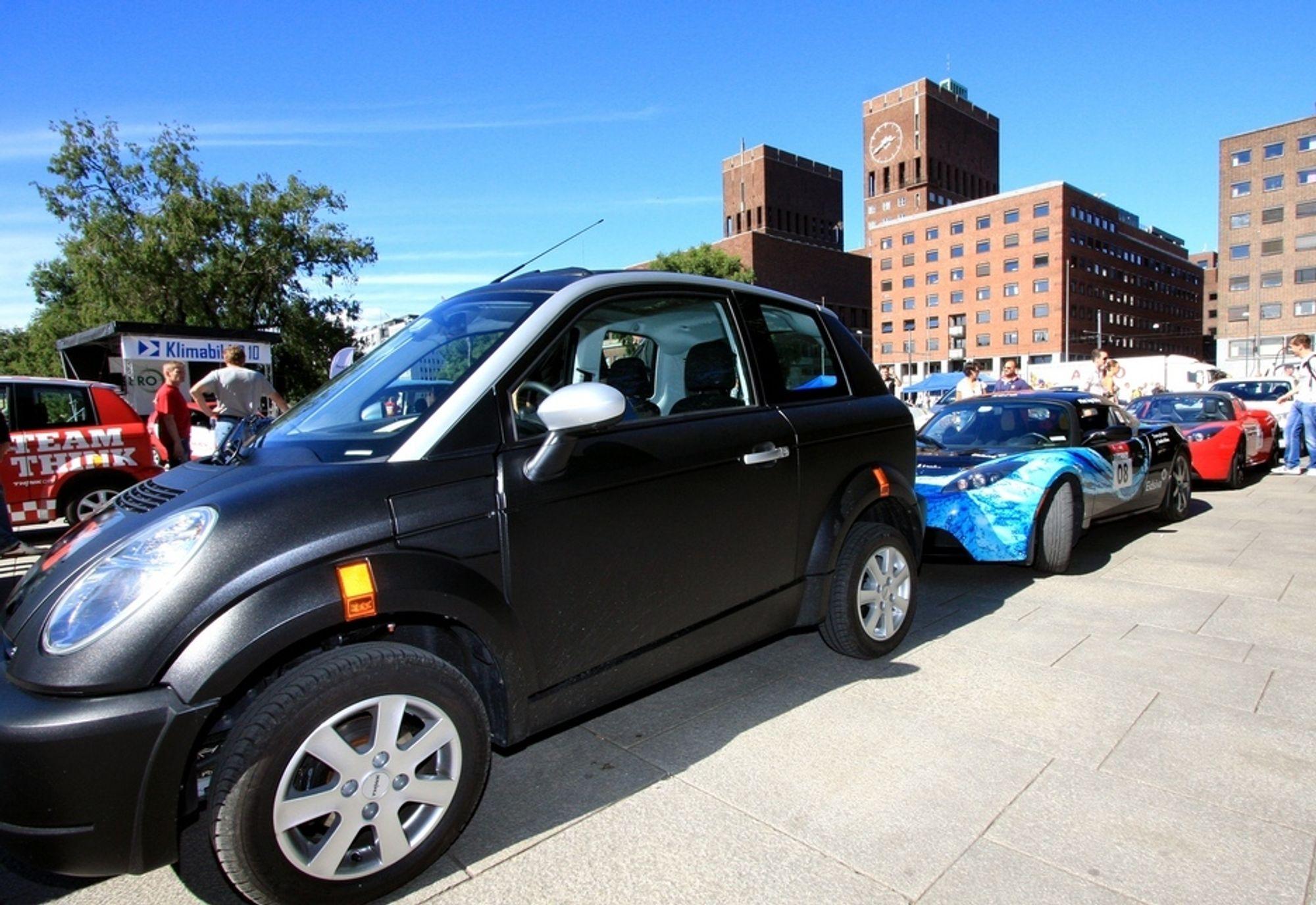 Kjøper du Think City eller Tesla Roadster i dag, slipper du å betale moms og engangsavgift. Spørsmålet er hvor lenge dette kan vare.