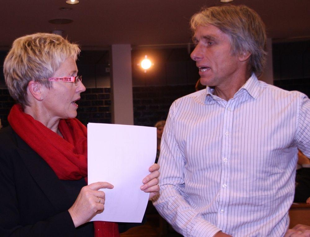 GRUNDIG: Kommunalminister Liv Signe Navarsete har hyret inn ekspertise for å få en grundig gjennomgang av e-valgprosjektet, som ledes av Henrik Nore.