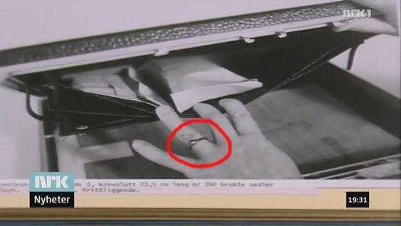 KONSPIRASJON: TU-redaksjonen har mottatt en strøm av tips fra våre lesere etter at dette bildet, med gjenkjennelig sivilingeniør-ring, ble brukt som faksimile i NRK Dagsrevyen i går.