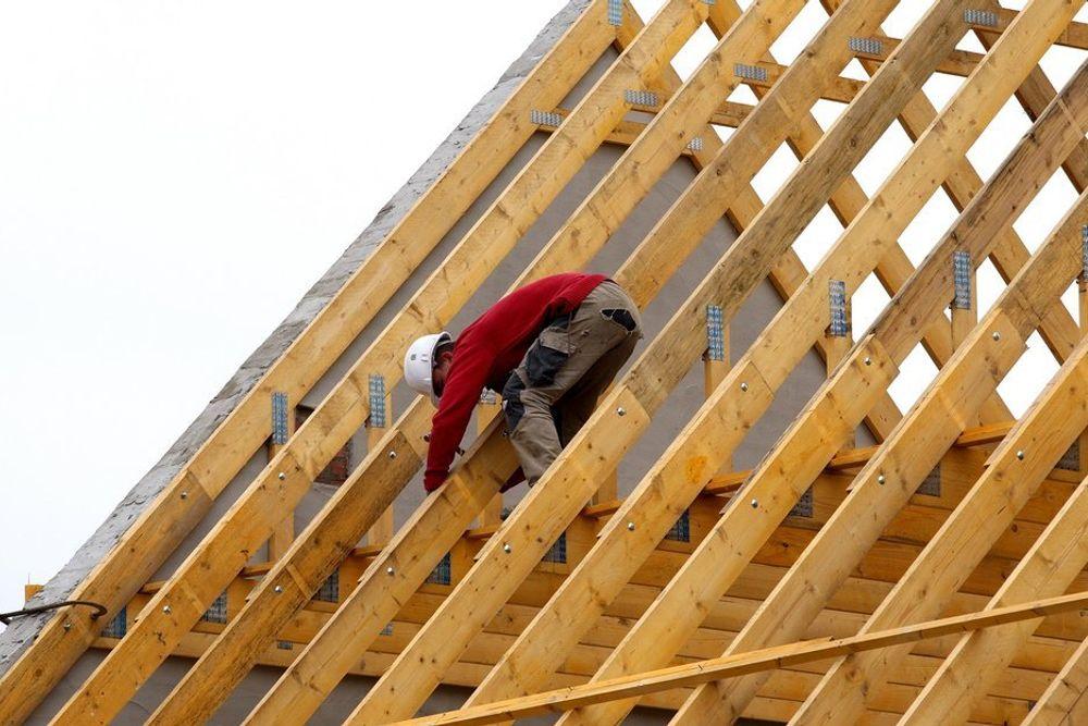 TIL STREIK: Bygningsarbeidere over hele landet går ut i streik i dag.