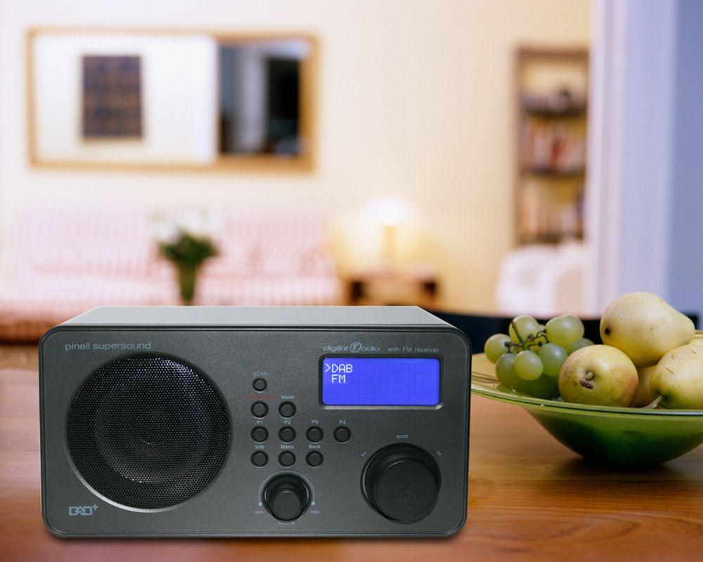 I 2017 er planen at FM-nettet skal slukkes. Digitalradio Norge vil du skal kjøpe DAB-radio allerede nå.