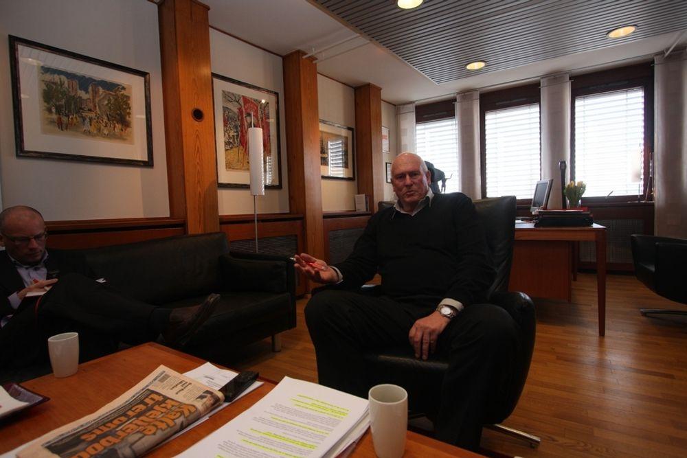 KRITISK: - Ledere som motarbeider sin største eier må finne seg noe annet å gjør, sier LO-sjef Roar Flåthen.