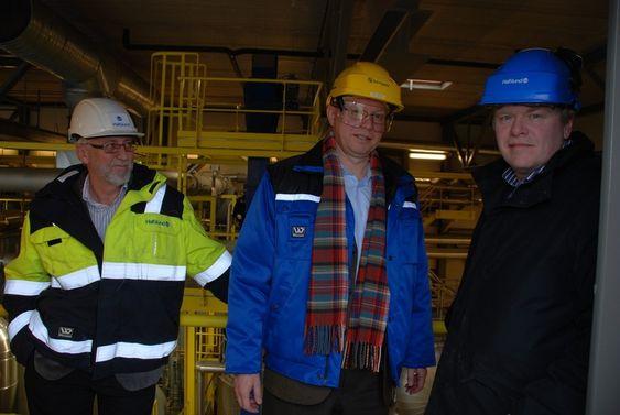 SAMSTEMTE: Regjeringen gjør ikke nok for å stable et marked for energiutnyttelse av avfall på beina. Fra venstre: Direktør Per Kristian Olsen i Hafslund produksjon og varme, Borregaard-direktør Per Sørlie og Pål Mikkelsen, direktør i Hafslund Miljøenergi.