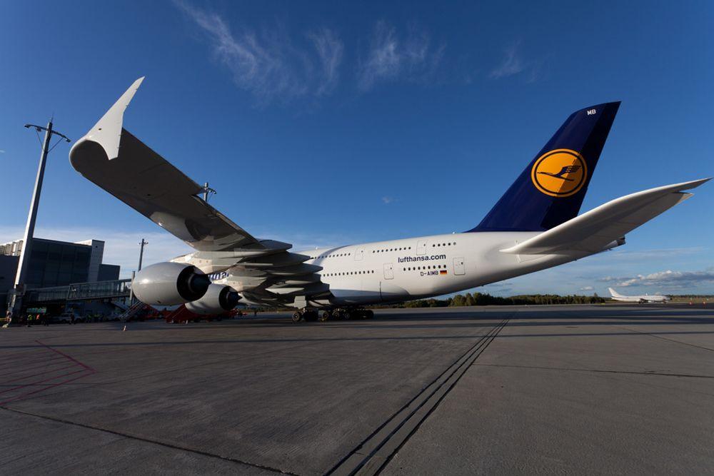 BRÅK: Flere havner innenfor støysonene på Gardermoen med forslaget til ny forskrift for støyforebygging. Her Lufthansas Airbus A380 under et besøk på Gardermoen nylig.