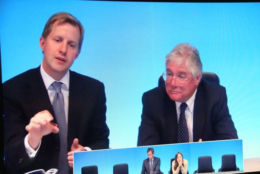 STANDARD: Analytiker Douglas McWilliams (t.h.) mener at Tandberg og produktdirektør Odd Johnny Winge har et problem med at videokonferanser fungerer dårlig på tvers av leverandører. De deltok i et europeisk videomøte fra London.
