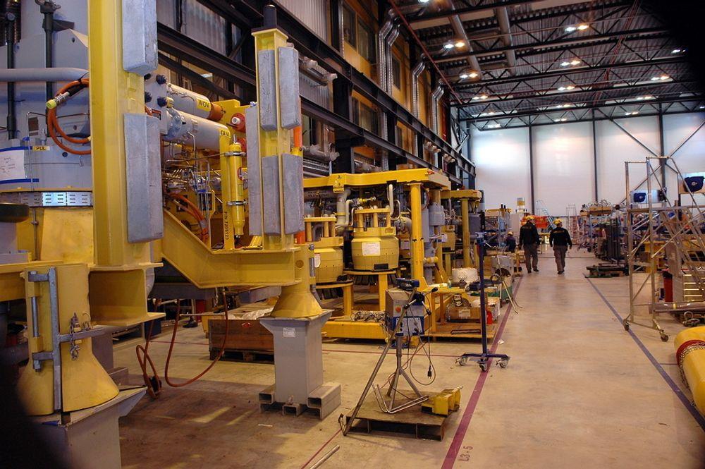 FMC Technologies på Kongsberg skal produsere og montere mye av produksjonsutstyret selskapet skal levere til Total.