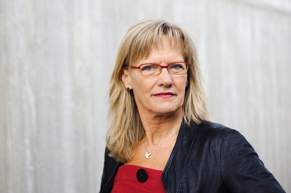 Karin Andersen mener Lier-Hansens utspill viser at han ønsker nettopp det vikarpakken skal stoppe: Lønnsdumping for innleide.