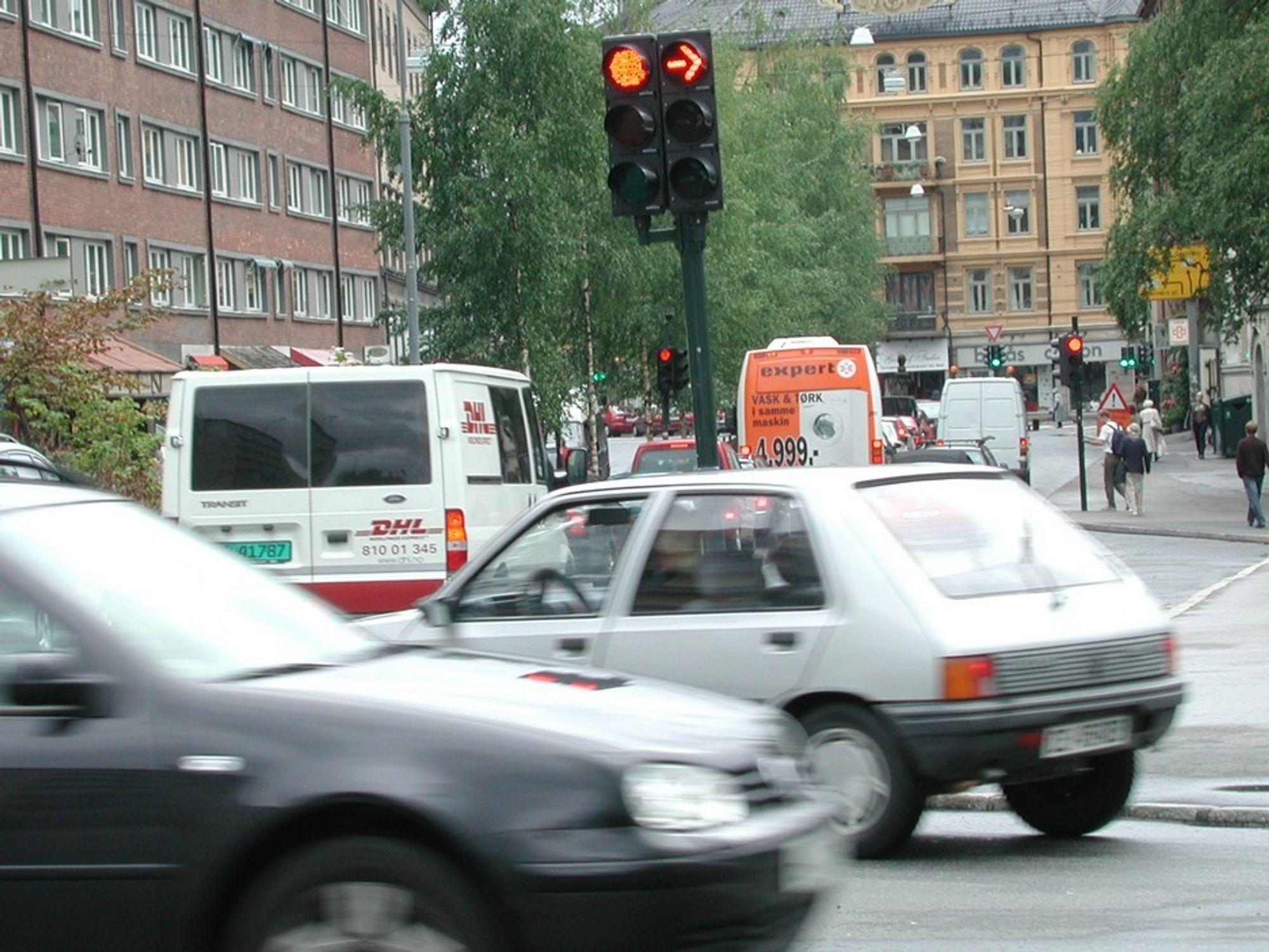 TRAFIKKSIKKERHET: Ulykkesstatistikken vil gå ned med nyere bilpark mener Sintef-forsker.