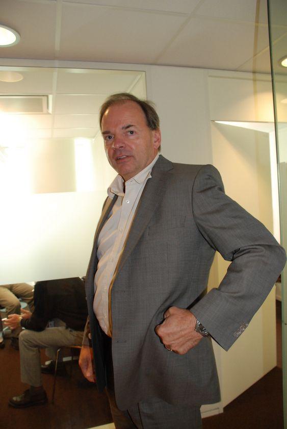 - FOR GAMMEL: Hans Erik Horn er midlertidig administrerende direktør i Norge, men ikke aktuell som permanent arvtager etter Steinar Bysveen.