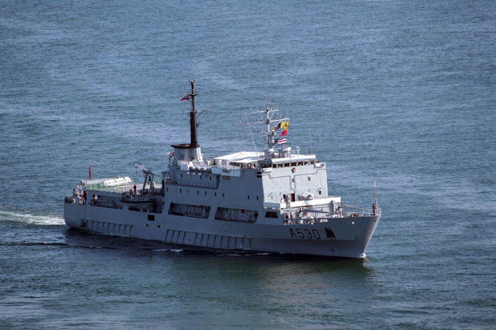 KNM Horten ble ifølge Dagbladet solgt til et britisk sikkerhetsselskap med klare bindinger til militante i Nigera og franske leiesoldater.