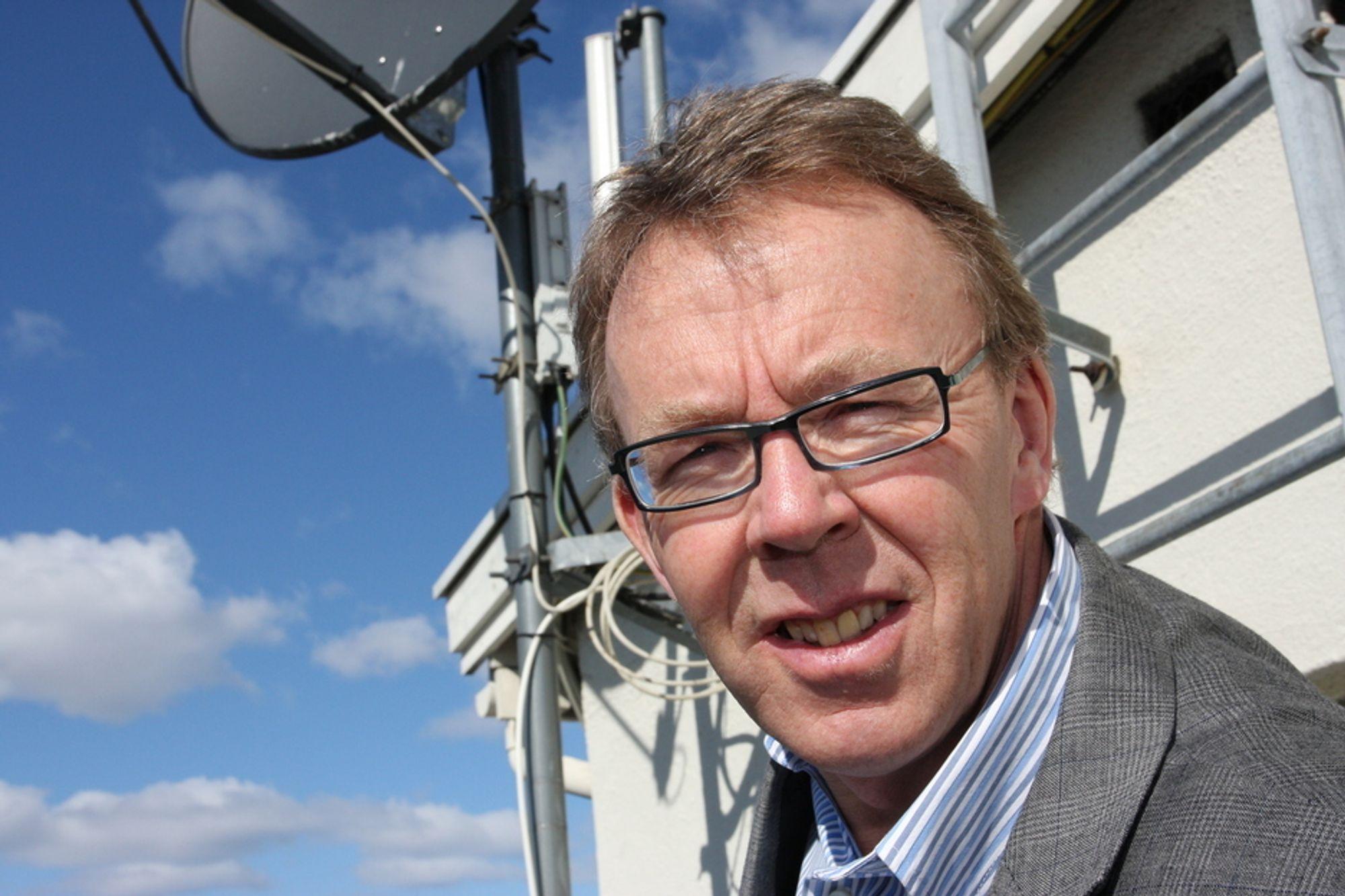 VENTER PÅ FREKVENSAUKSJON: Glede er blitt til skuffelse på ett år for generalsekretær Per Morten Hoff i IKT-Norge.