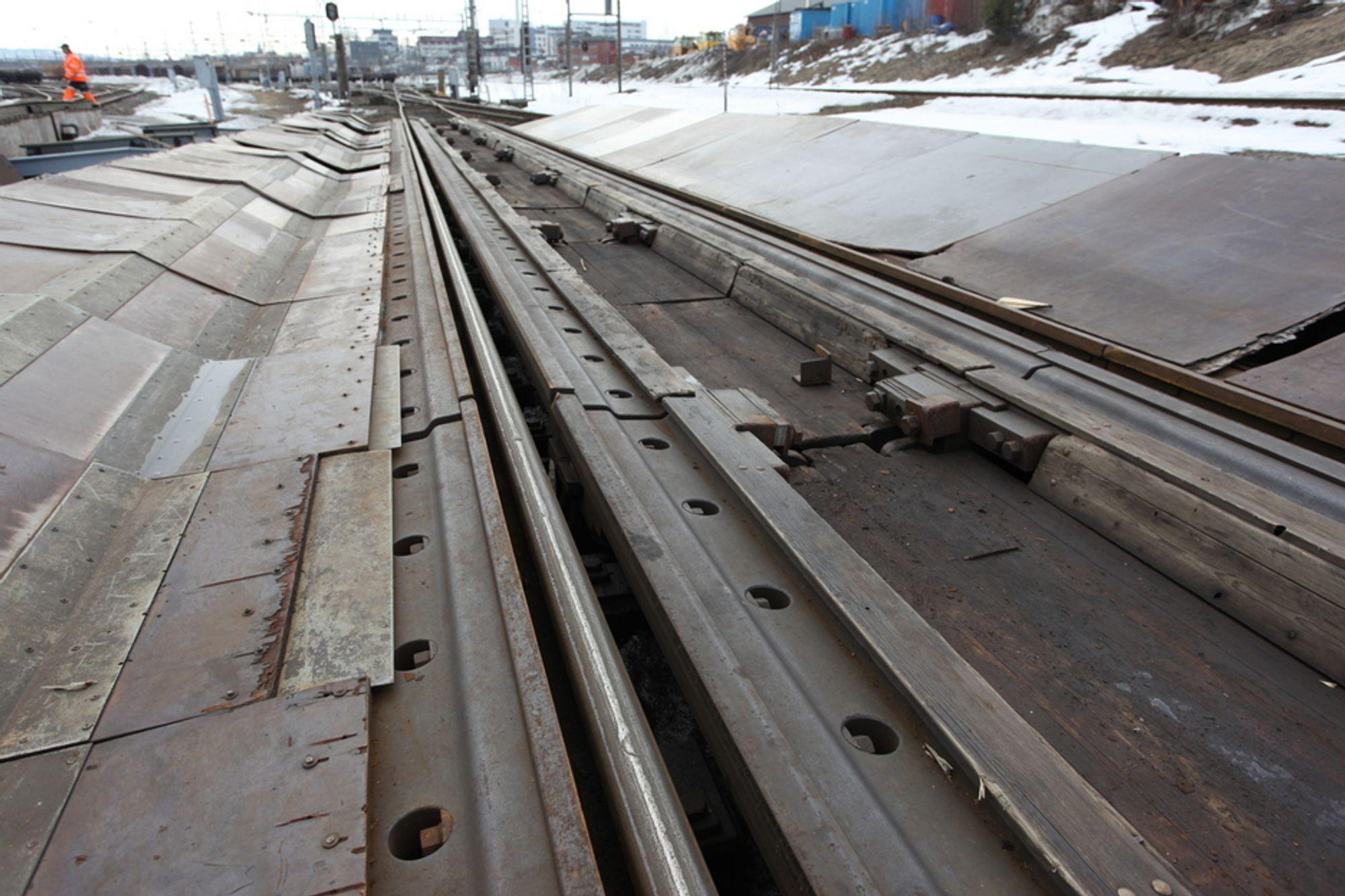 IKKE TILSTREKKELIGE: Nedfiringsbremsene på godsterminalen på Alnabru var ikke tilstrekkelige til å stanse toget som løp løpsk og tok livet av tre mennesker på Sjursøya 24. mars.
