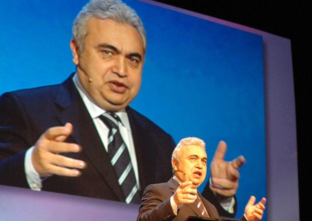 Fatih Birol legger frem World Energy Outlook under Statoils årlige høstkonferanse.