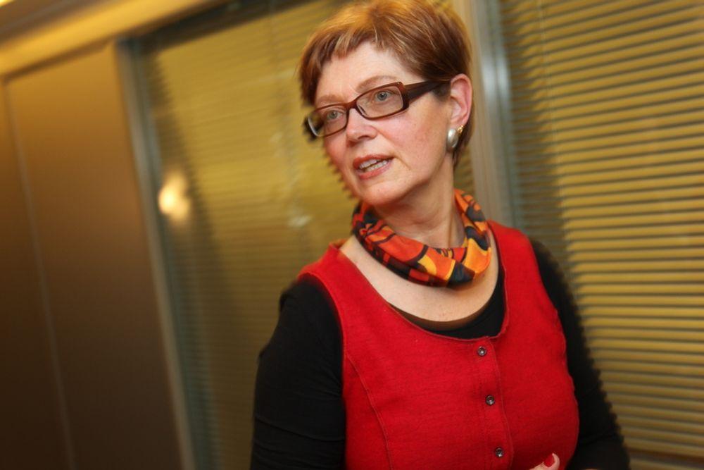 Førstesekretær Ellen Stensrud i LO tror ikke Siv Jensen vil finne seg i en birolle i en eventuell borgerlig regjering.