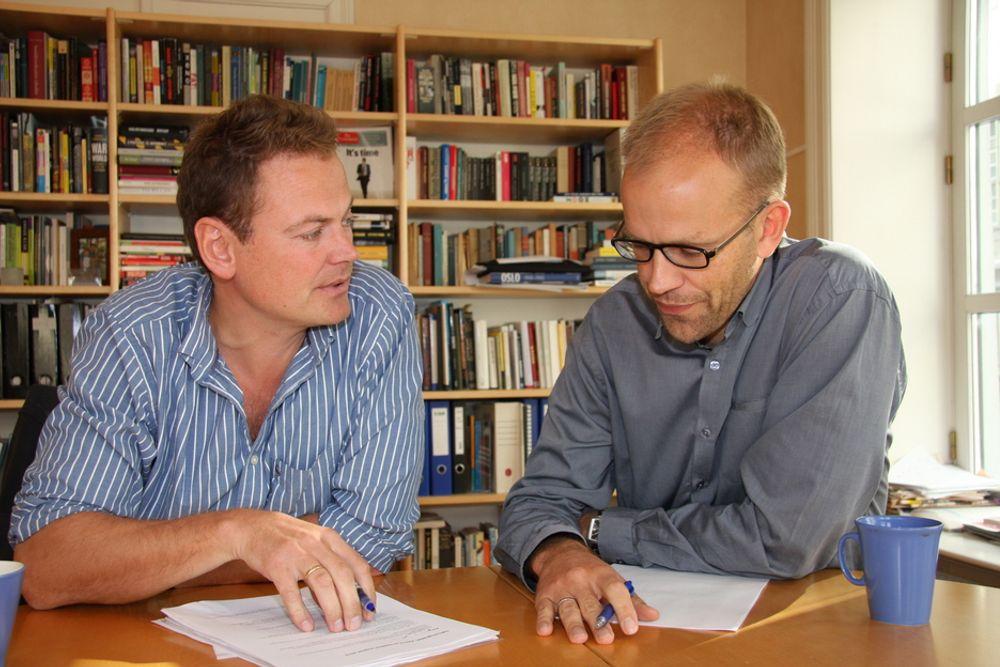 FORSTÅR: Direktør Tore Tennøe (t.v) og prosjektleder Jon Fixdal i  Teknologirådet ser at det kan være vanskelig for bedrifter og prosjekter å finne fram i vrimmelen av ulike virkemidler for miljøteknologiprosjekter.