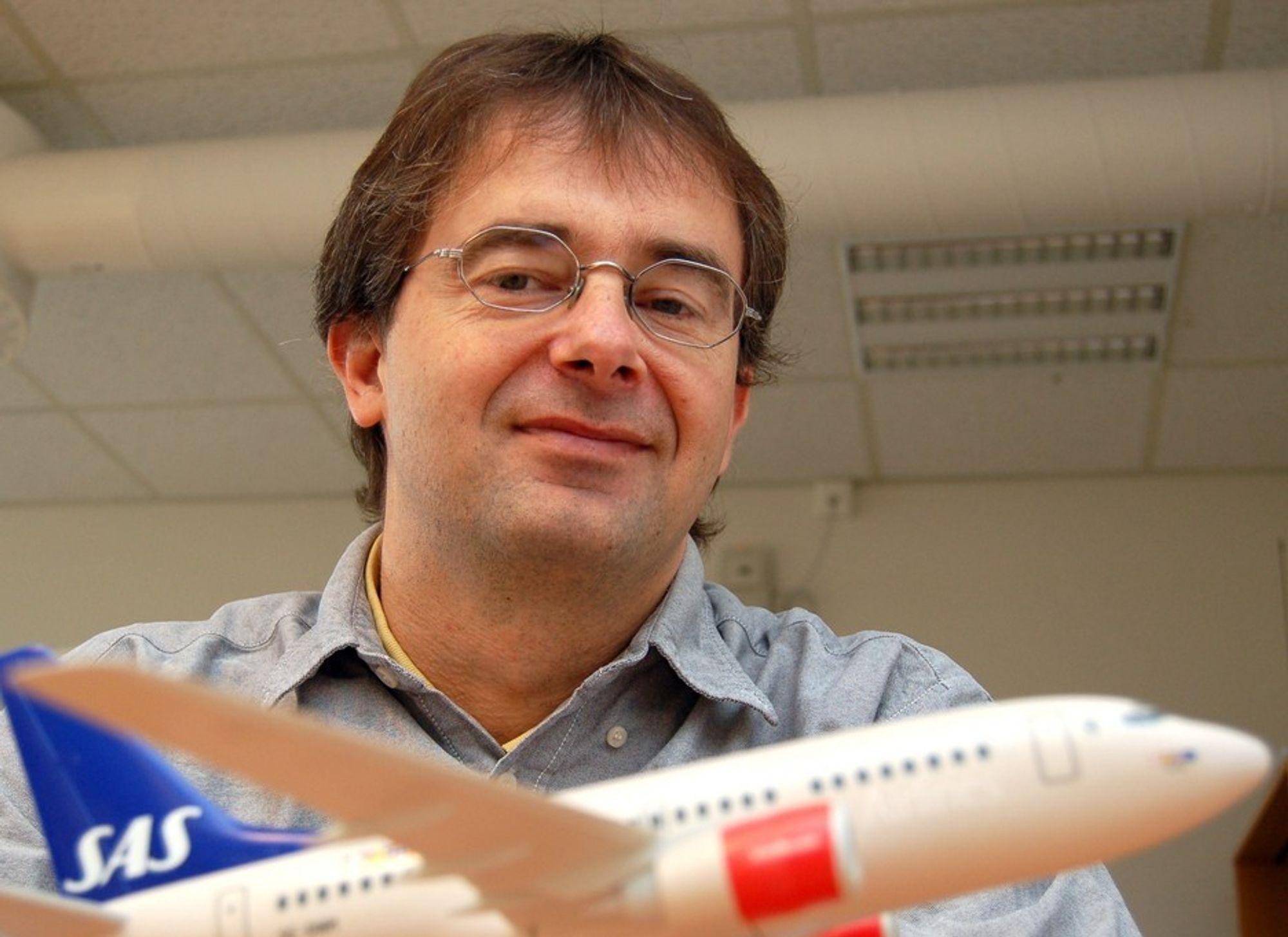 NORSK BIDRAG: Seniorforsker Jan Erik Håkegård leder SINTEFs del av flyplassprosjektet.