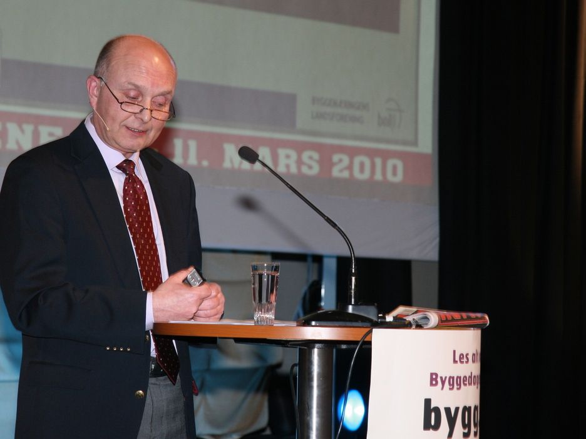 KRITISK: Ketil Lyng, administrerende direktør i BNL uttalte seg sterkt kritisk til offentlige budsjetteringsrutiner i sin åpningstale under Byggedagene 2010