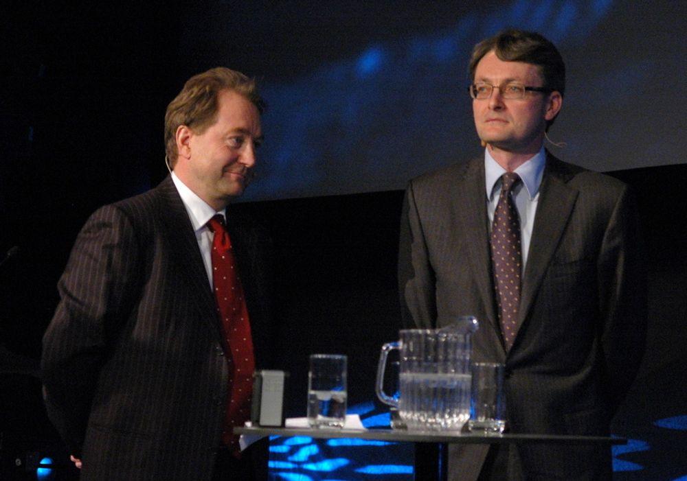 SPISSER: Hovedeier i Aker Solutions Kjell Inge Røkke og fungerende konsernsjef Øyvind Eriksen vil spisse ingeniørkompetansen. Allerde første kvartal setter de i gang en ny rekrutteringskampanje.