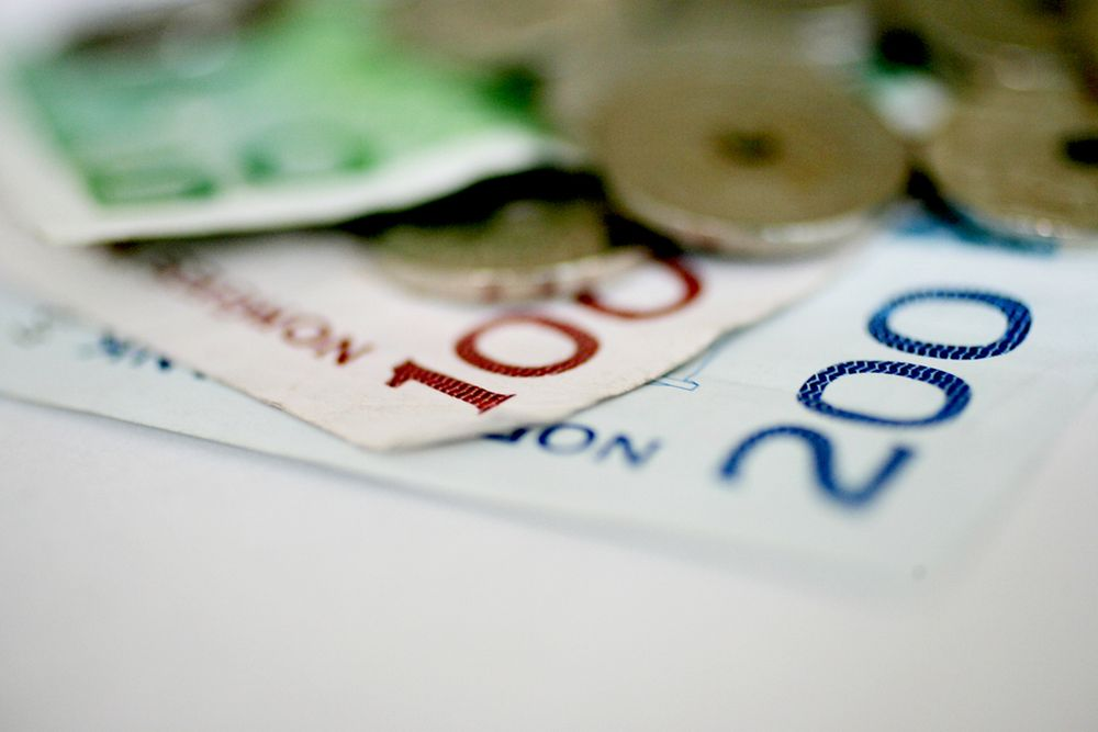 Senterpartiet fikk 500.000 kroner fra Eidsiva Energi, 200.000 kroner fra Troms Kraft og 150.000 kroner fra skogeierlaget Glommen Skog.