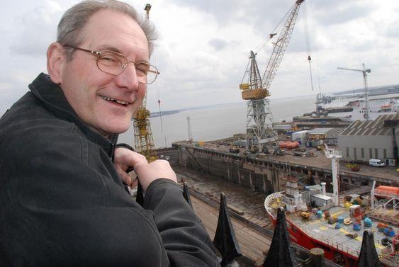 OPPSYNSMANN: Nexans-ansatt, teknisk sjef og site-ansvarlig Frank Ragnar Johnson flyttet midlertidig til Liverpool for å følge oppgraderingen med argusøyne.