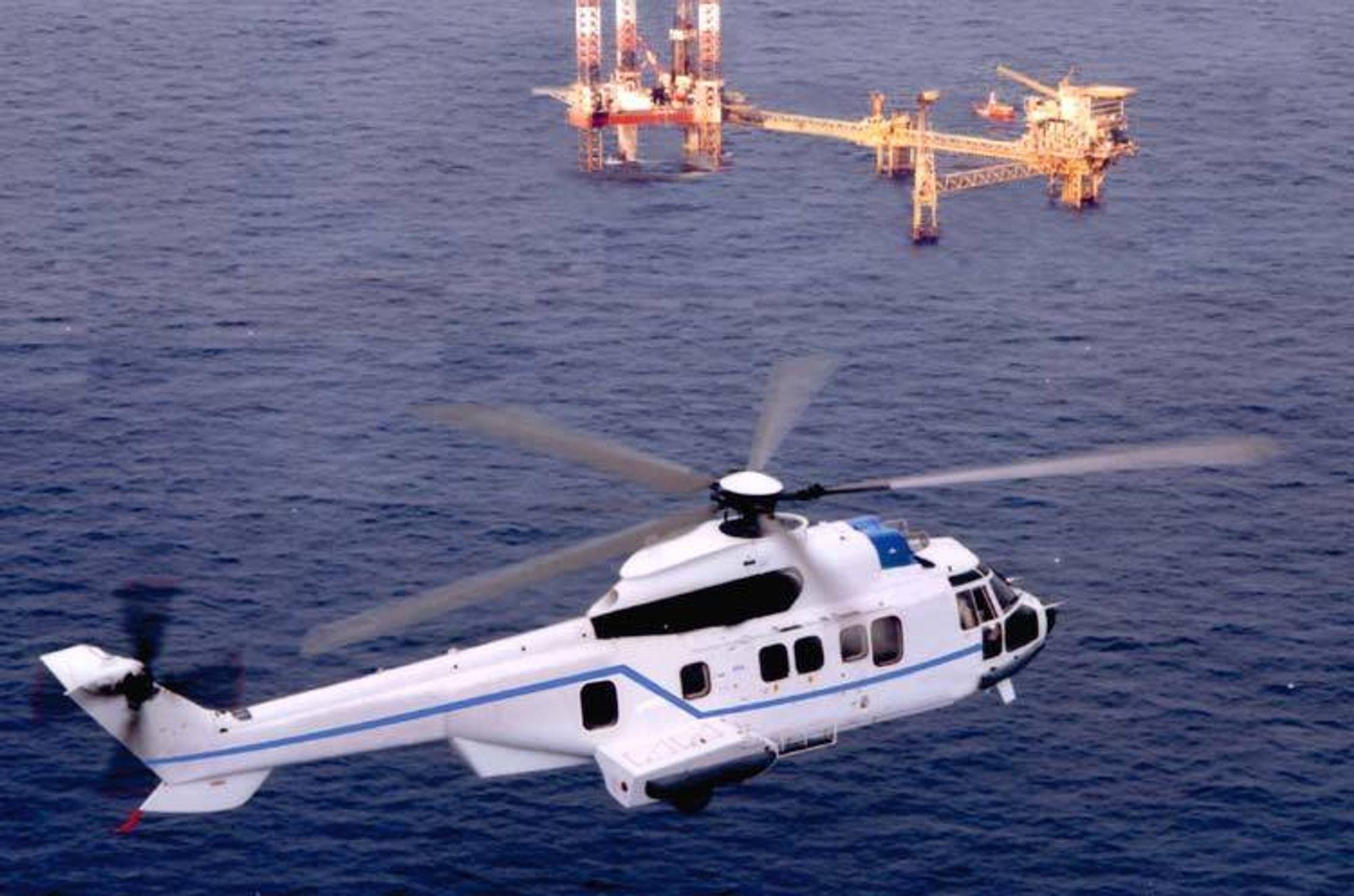 FEIL MED DRIVSTOFFTILFØRSELEN: Et helikopter av denne typen, EC 225, måtte foreta en kontrollert nødlanding på Jæren lørdag.