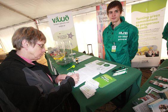 Växjö - Europas grønneste by. Miljøfestival på Stortorget.