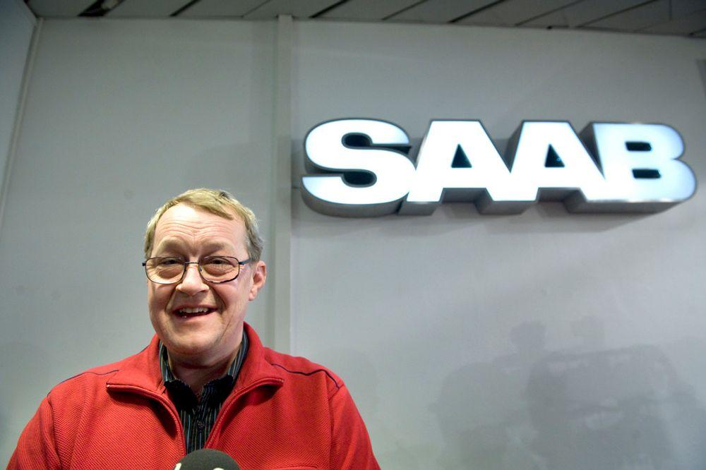 FORNØYD: Leder i verkstedklubben på Saab i Trollhättan, Paul Åkerlund, var tirsdag kveld glad for at GM hadde gått med på å selge Saab til nederlandske Spyker Cars.