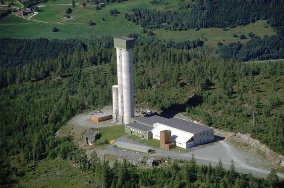 Norske klasevåpen har blitt destruert i en gruve ved Løkken verk i Sør-Trøndelag.
