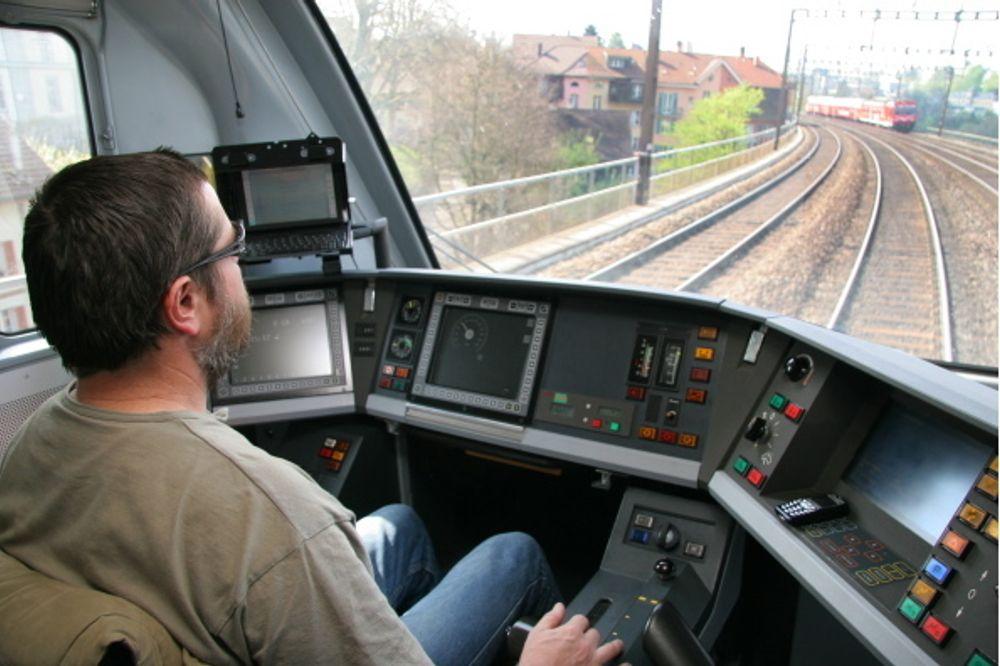 MODERNE TOG: Med ERTMS blir togene direkte koblet til trafikkledelsen både via GSM-R og via dataoverføringspunktet i sporet.