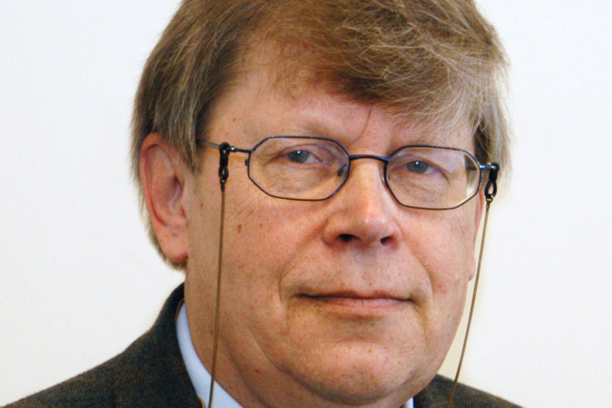 Sjefinspektør Olli Heinonen i IAEA gir seg.