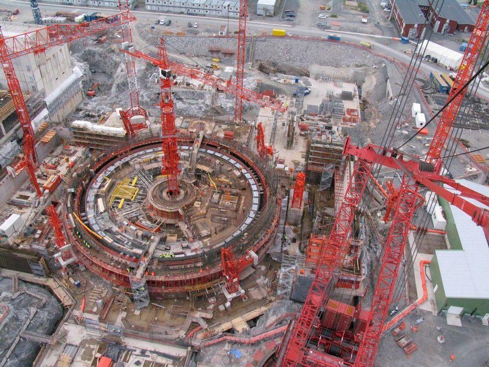 Sveisearbeidene ved byggingen av verdens største kjernekraftverk Olkiluoto 3 har pågått uten noen form for instruksjoner i lang tid, avslører finsk TV-program.
