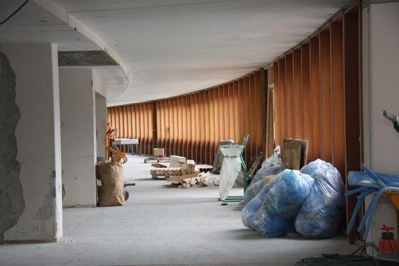 LYST: Buen i bygget kommer godt frem, nå som bygget er åpnet opp innvendig.