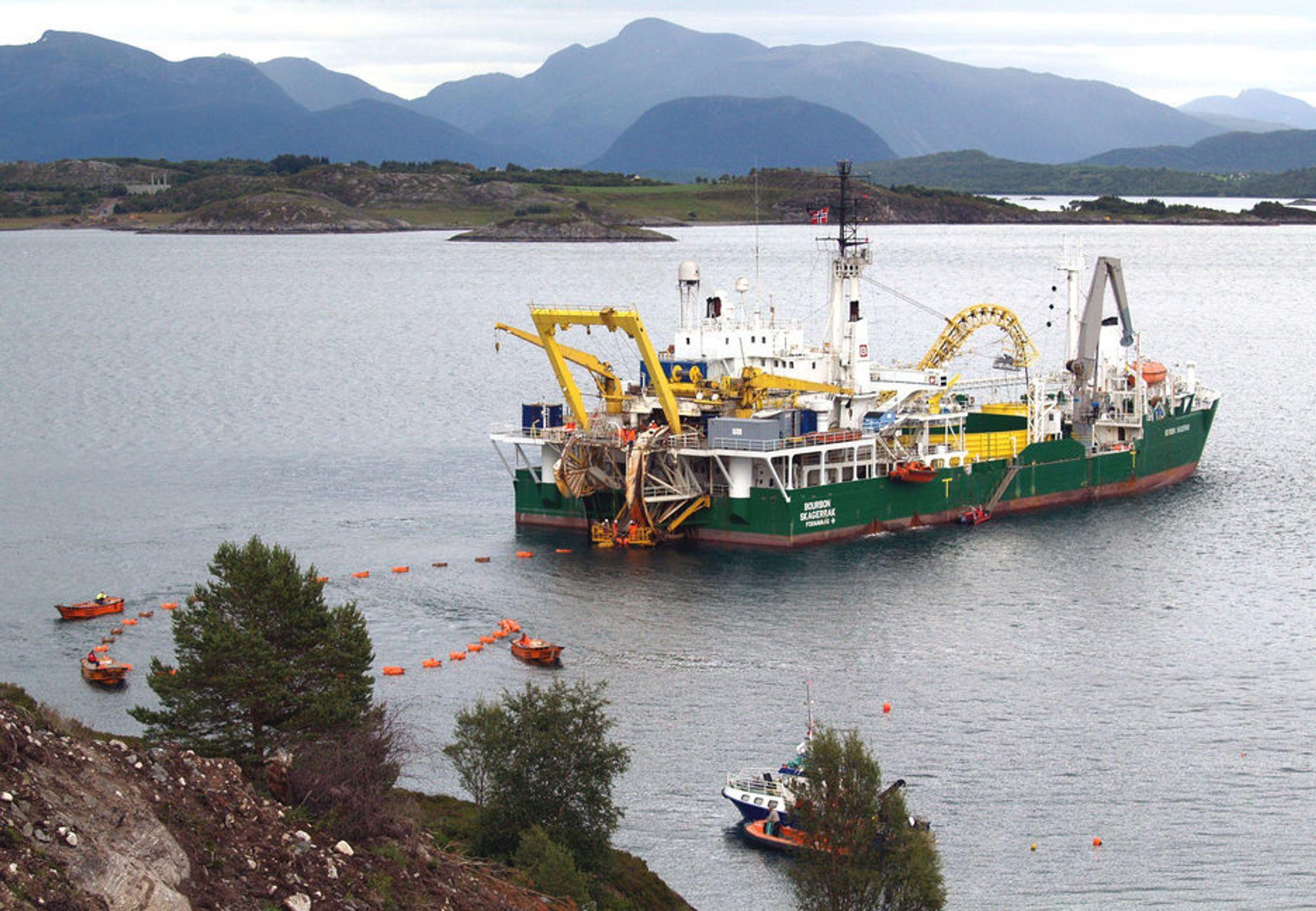 """""""VANLIG"""": Statnett sier at de har opplevd feil på samtlige av deres største sjøkabelforbindelser. Og reparasjonstiden på disse er lang, uansett hva feilen skyldes."""
