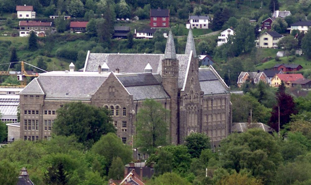 SLÅR HOVEDSTADEN: Trondheim er mest attraktiv å bo, arbeide og studere i, mener flertallet i en landsomfattende undersøkelse.