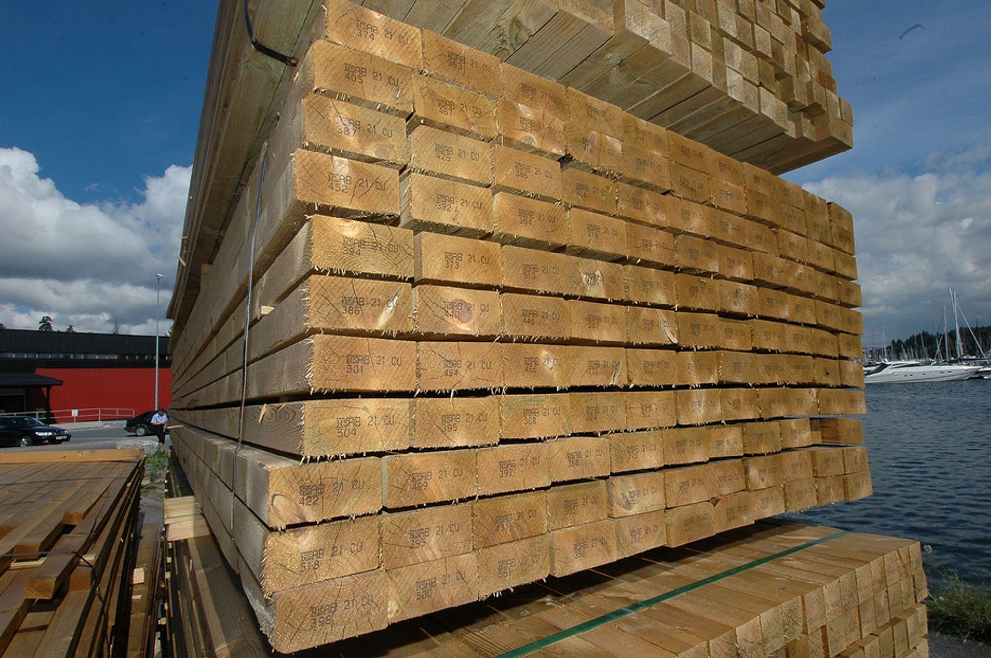 GODT BIDRAG: Produksjonen av trelast og trevarer bidro sterkt til å dra snittet opp i industriproduksjonen siste kvartal.