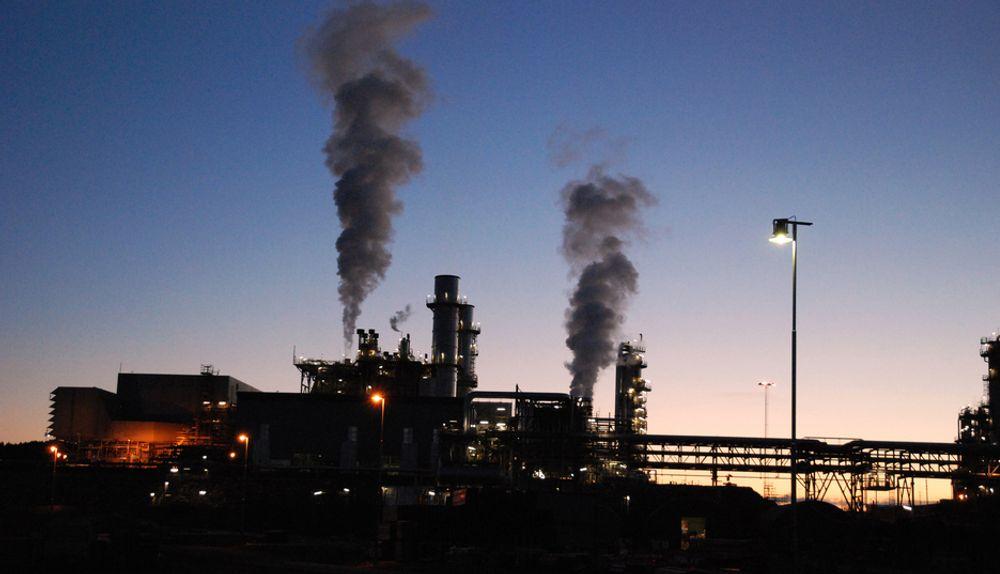 - Høyre mener at renseprosjektet nå må inkludere andre renseteknologier enn rensing basert på aminer, sier Høyres Nikolai Astrup.
