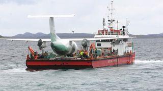Derfor måtte Widerøe-flyet til sjøs