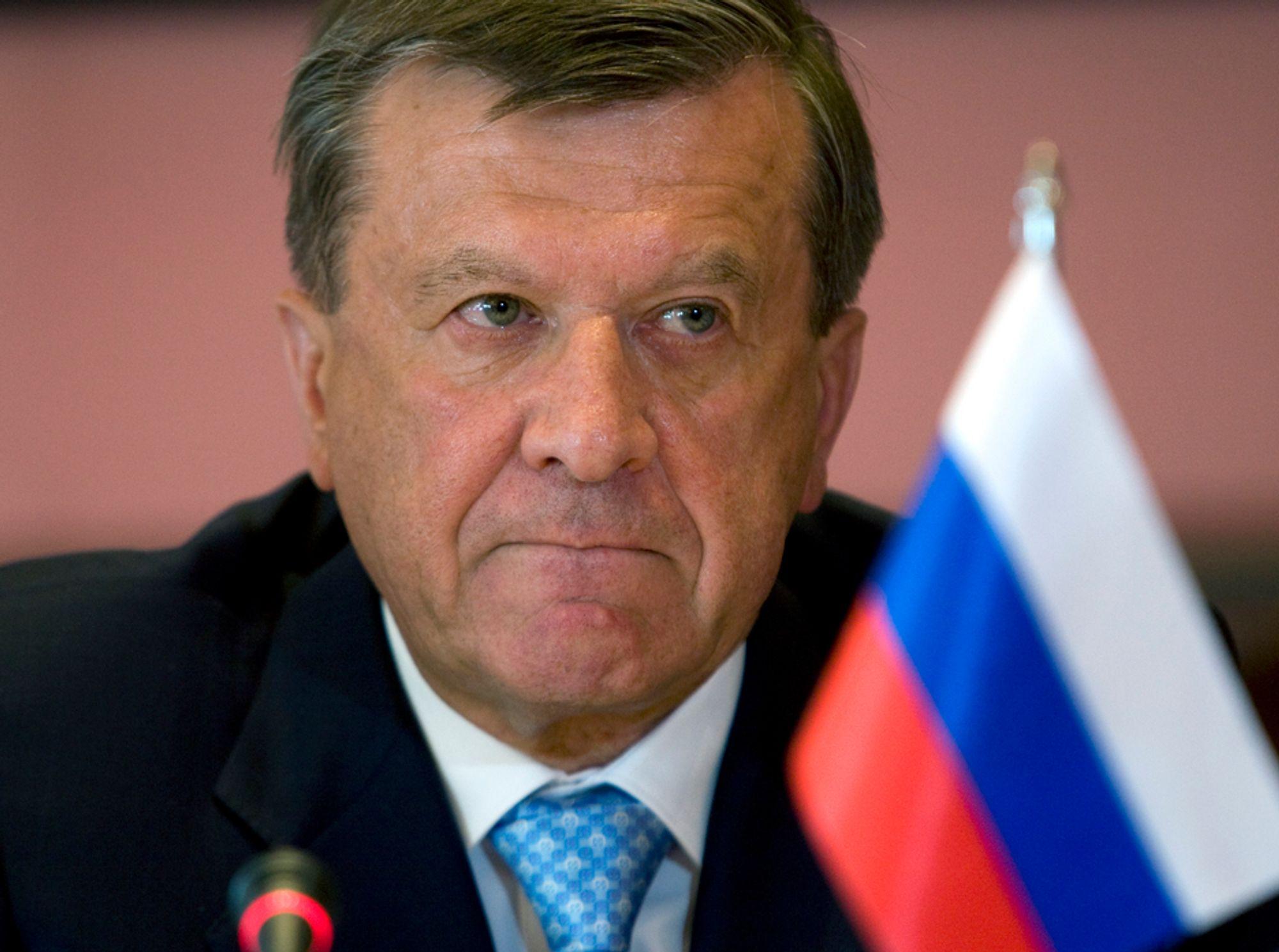 VENTER PÅ BEDRE TIDER: Styreformann i Gazprom og første visestatsminister Victor Zubkov  håper på bedre tider for industrien i Europa slik at gassetterspørselen øker.