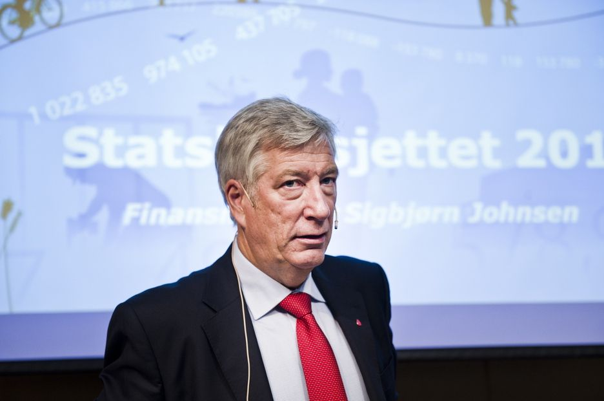 PENGESTERK: Norges finansminister Sigbjørn Johnsen har en pengesekk som EUs krisefond ønsker tilgang til.