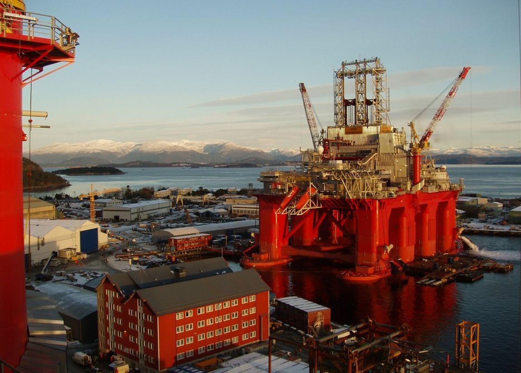 Transocean Spitsbergen borer Statoils Mercury-brønn i Hoop-området i Barentshavet.