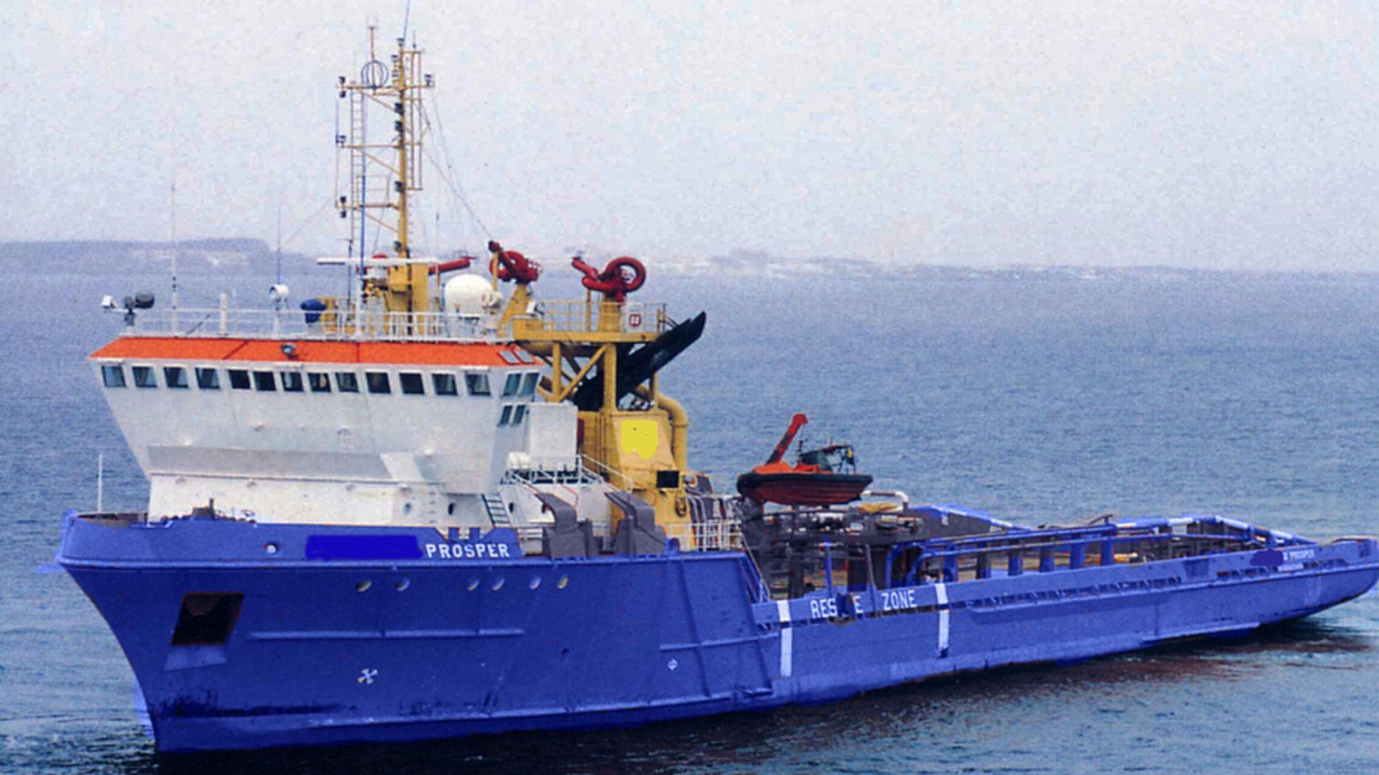 I SAMMENSTØT: M/S Prosper mistet motorkraft og kjørte inn i et annet fartøy i Tananger mandag kveld.