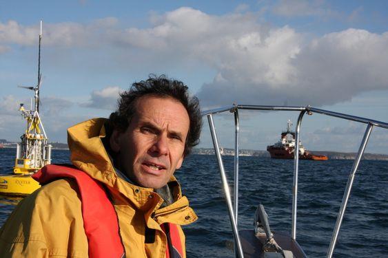 IVRIG: Forskningsingeniør David Parish fra Exeter University har jobbet med utvikling av bøya SWMTF i flere år.