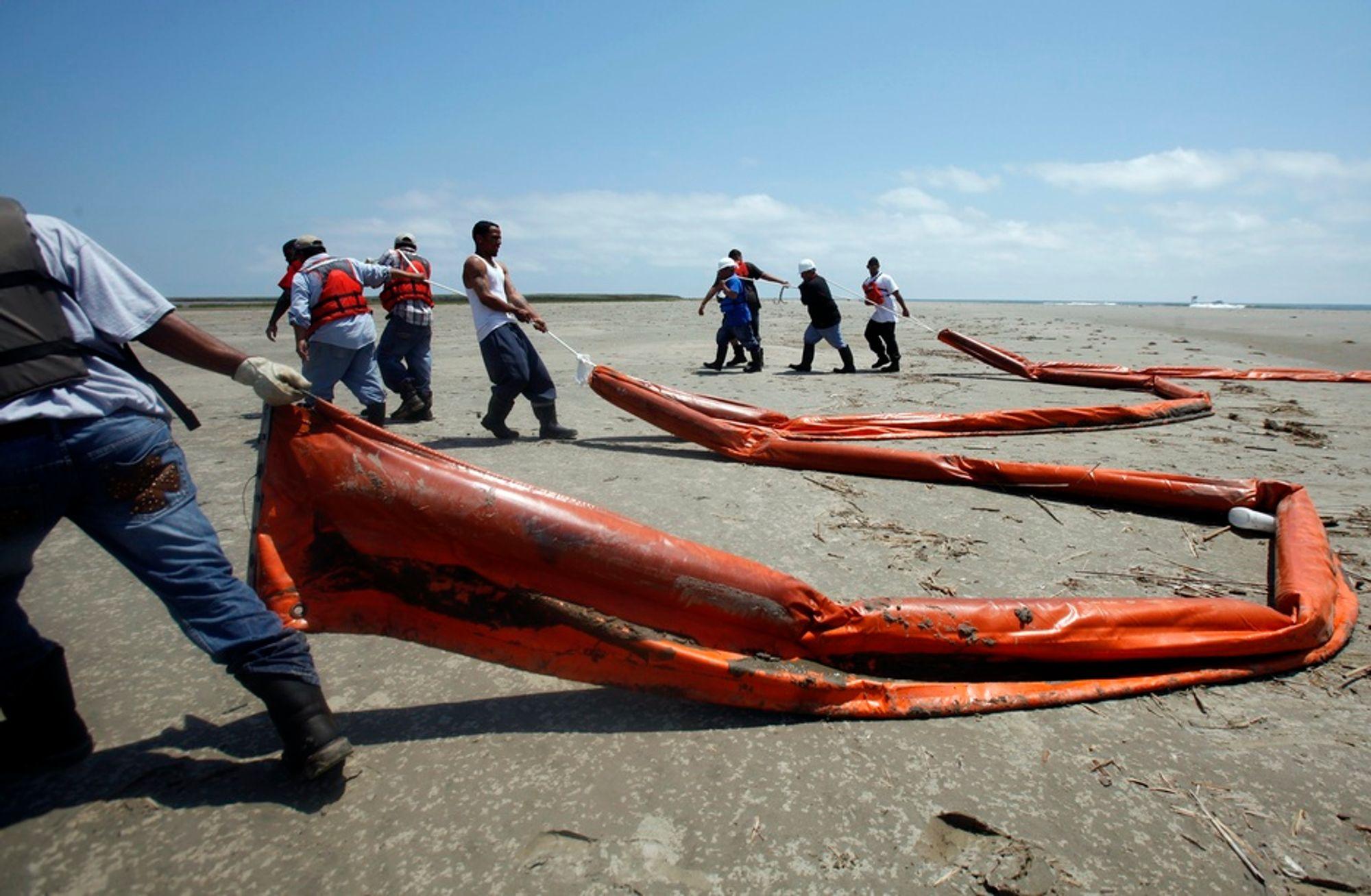 TILSKUDD: Fiskeri- og kystdepartementet tilbyr USA  fem systemer med kraftige havgående lenser og fire systemer med mellomtunge lenser - mot full økonomisk kompensasjon.