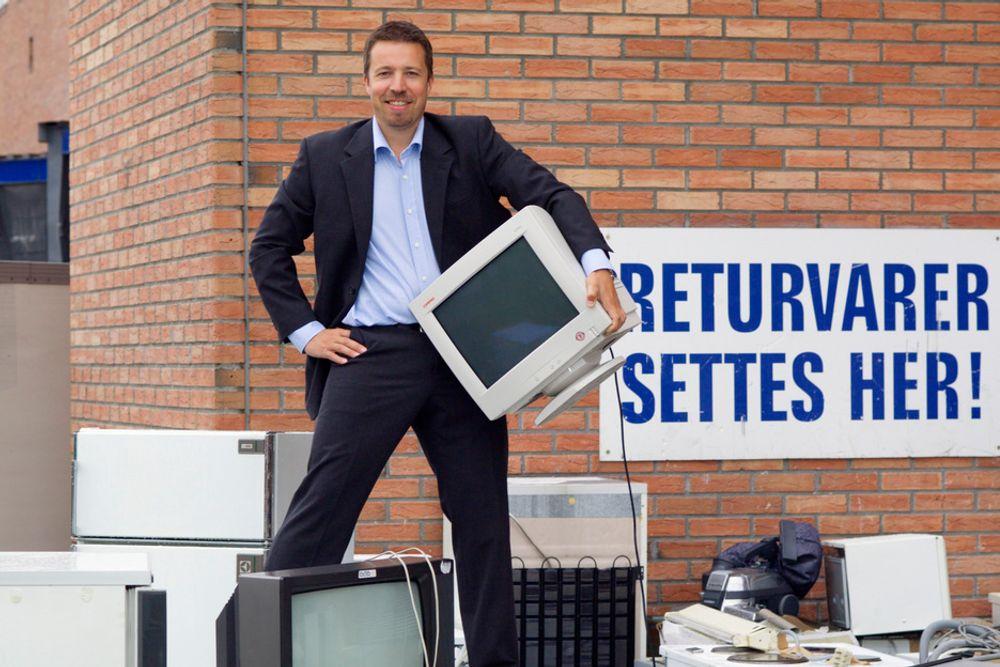 Ragn-Sells Elektronikkretur og daglig leder Thor Christian Wiik Svendsen er blant selskapene som har nektet å hente mer el-avfall i år. Nå har returselskapene og Klif blitt enige om at også resten vil bli hentet.