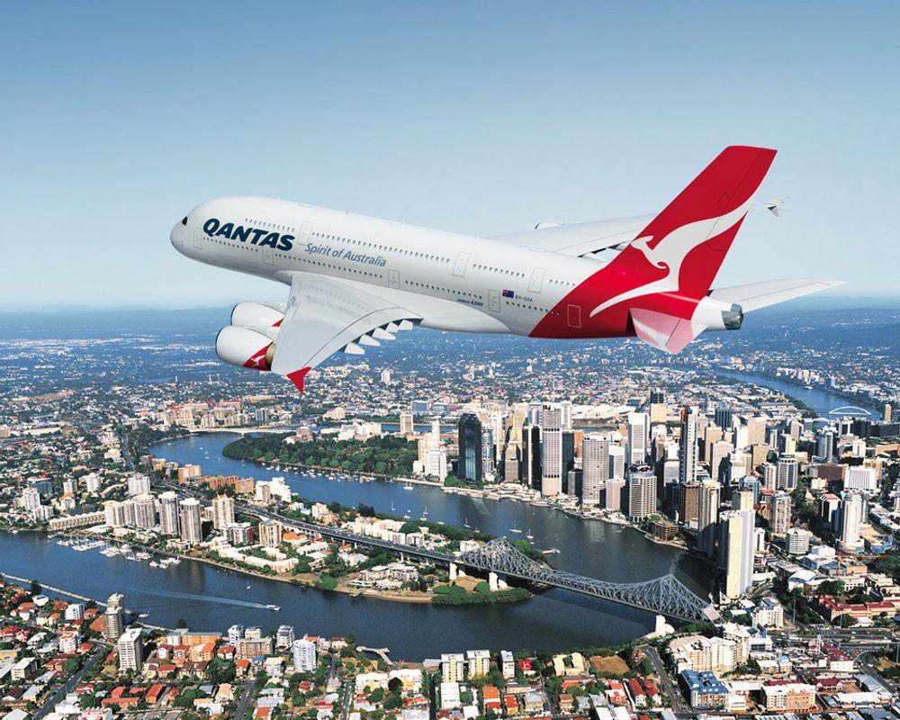 Den europeiske luftfartsmyndigheten EASA krever at alle Airbus A380-fly som er i drift, sjekkes for sprekker.