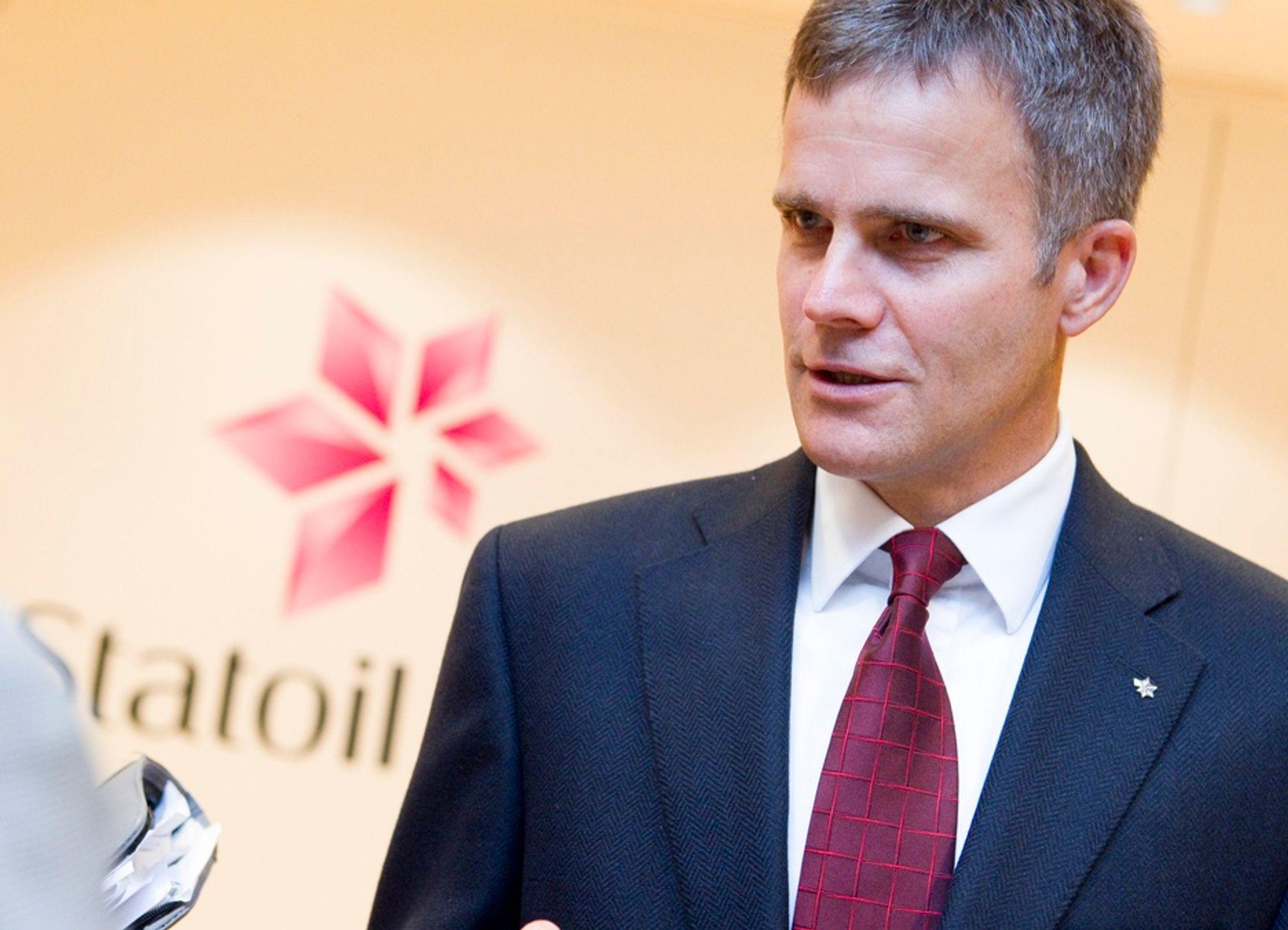 Konsernsjef Helge Lund sier at Statoil må bremse produksjonen på Gullfaks Sør og Kvitebjørn.