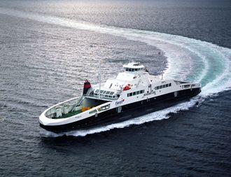 LNG-fergen MF «Bergensfjord» er en av tre som nå går på E39 Halhjem-Sandvikvåg-strekningen.