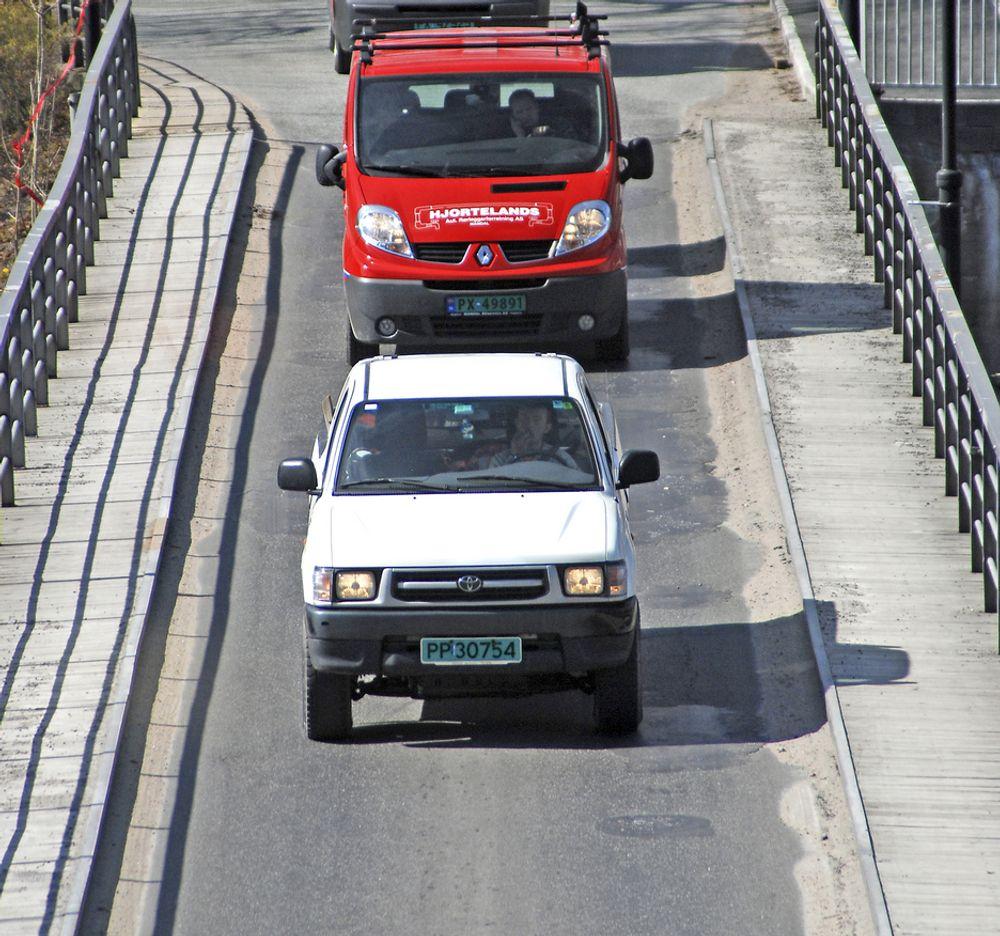 Dagene til gamle Vigeland bru er talte. Ett felt er for lite for dagens trafikk. AF Gruppen har gitt lavest pris på riving av brua og bygging av en ny.