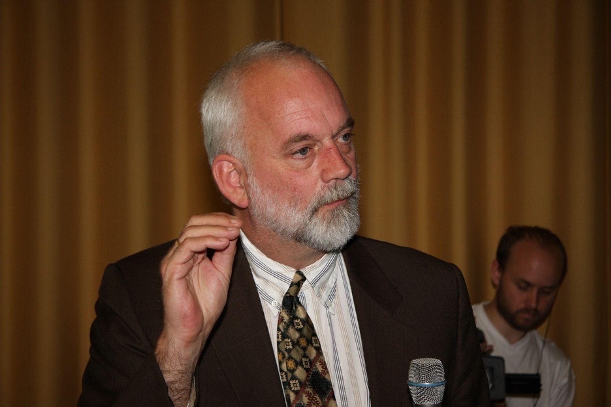 VEIPRISING: Professor Henk Meurs ved Radboud University Nijmegen i Nederland holdt fordrag om hvordan nederlandske myndigheter tenker om veiprising.